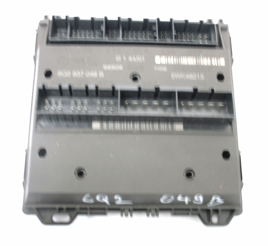 Used genuine vw polo fuse box board on convenience