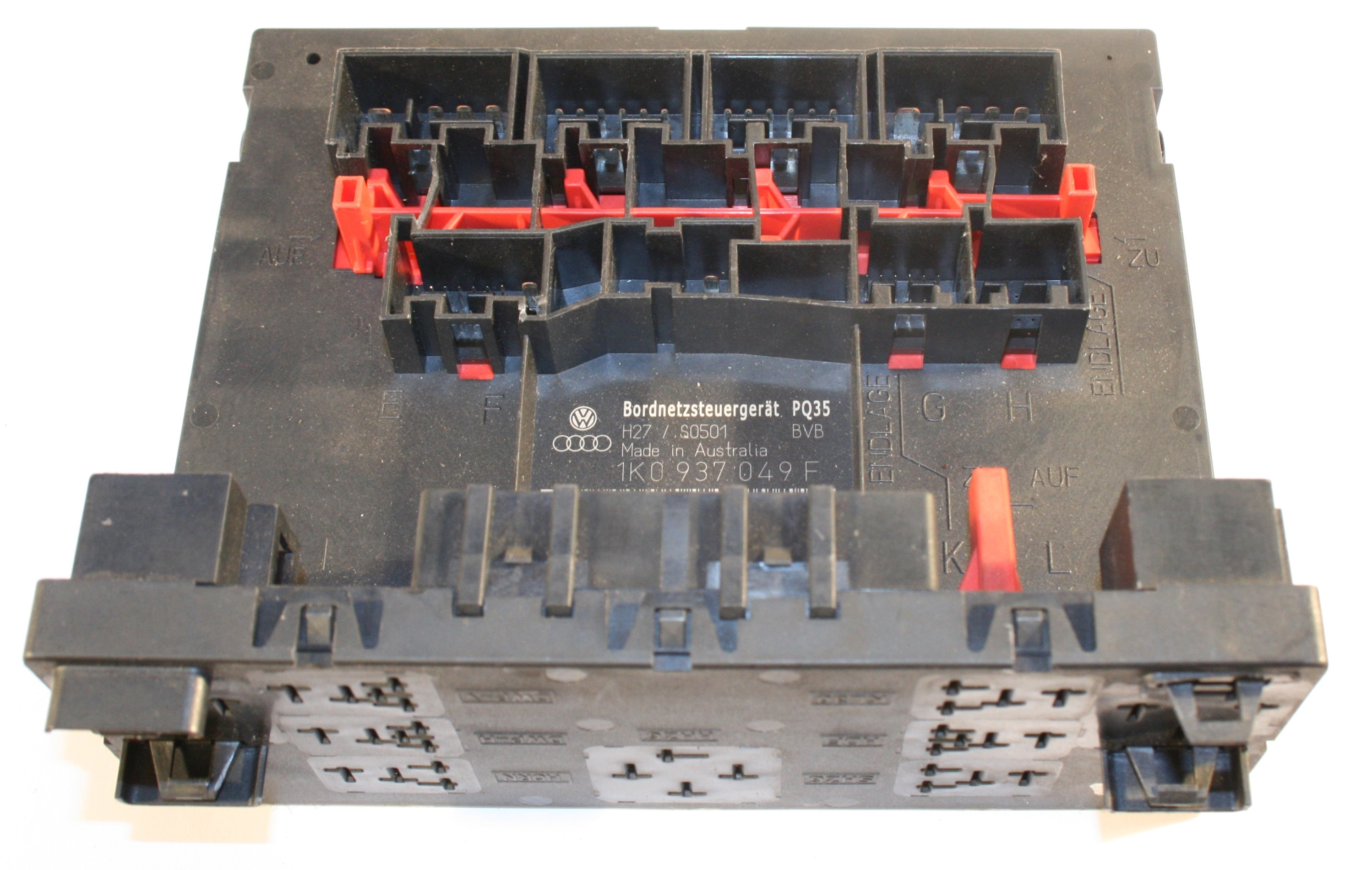 02970 used genuine vw touran central control fuse box 1k0 937 049 f vw touran fuse box picture at bayanpartner.co
