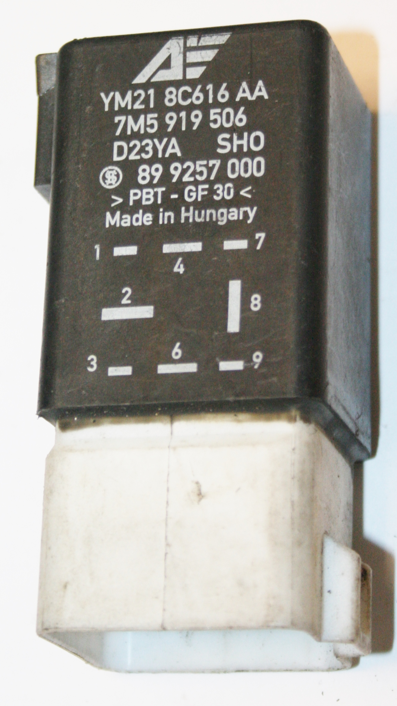 Used Genuine VW Sharan Fan Control Relay Number 419 - 7M5 919 506