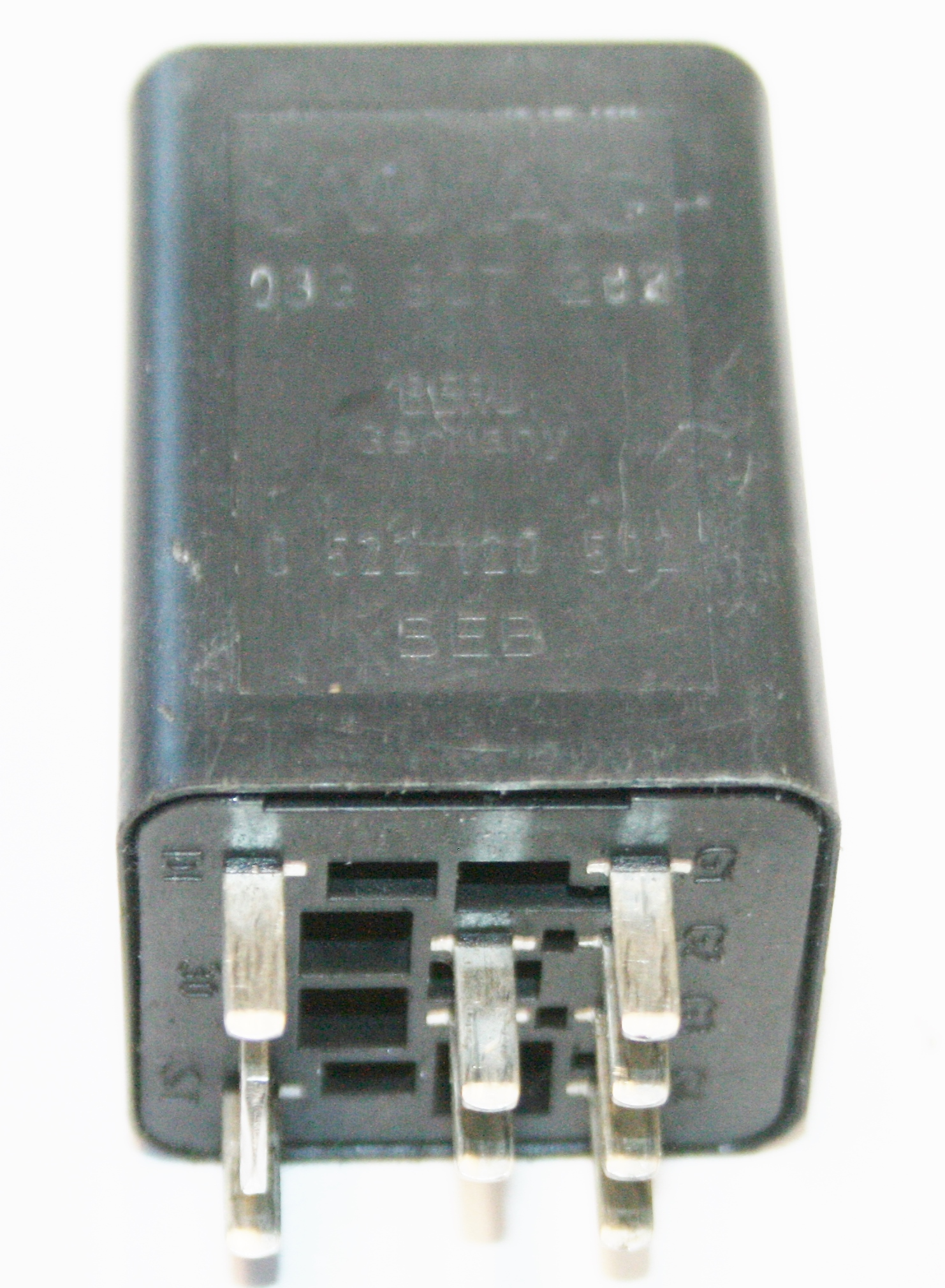 Used Genuine Vw Golf 461 Fan Control Relay 03g 907 282 Uks No1 Relay2999