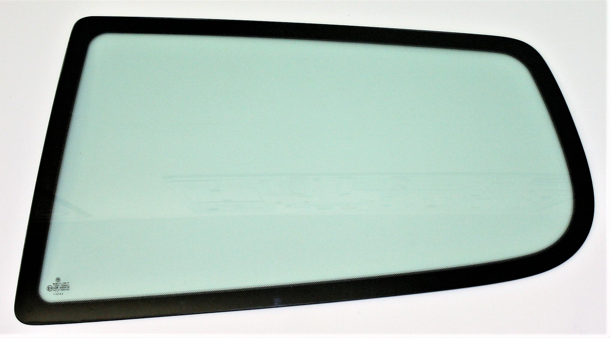 VW Polo Drivers Side Front Door Glass 5 Door Green Tint Window 6N2 2000 /& 2001