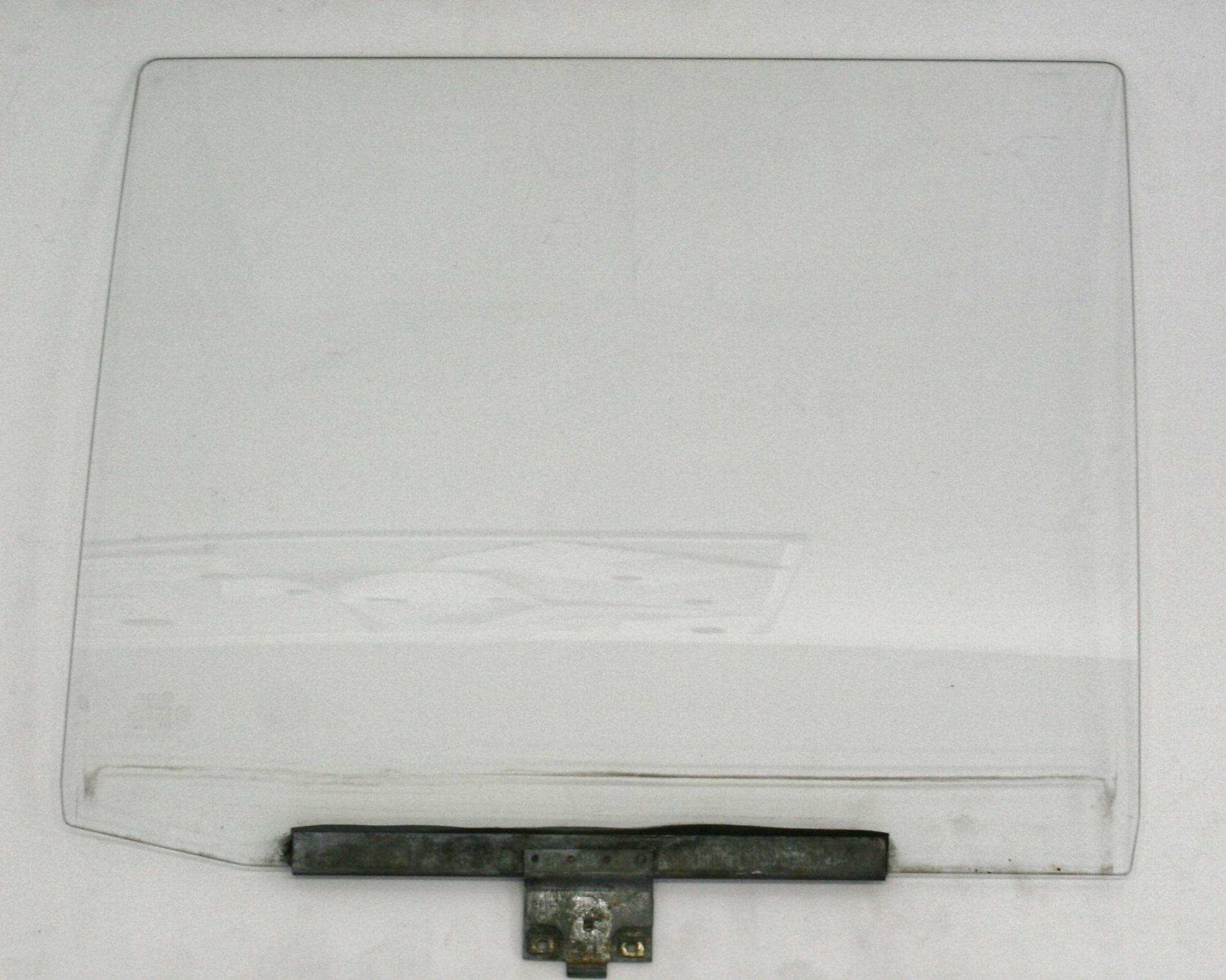 Used genuine vw passat estate drivers side rear door glass for Back door with side window